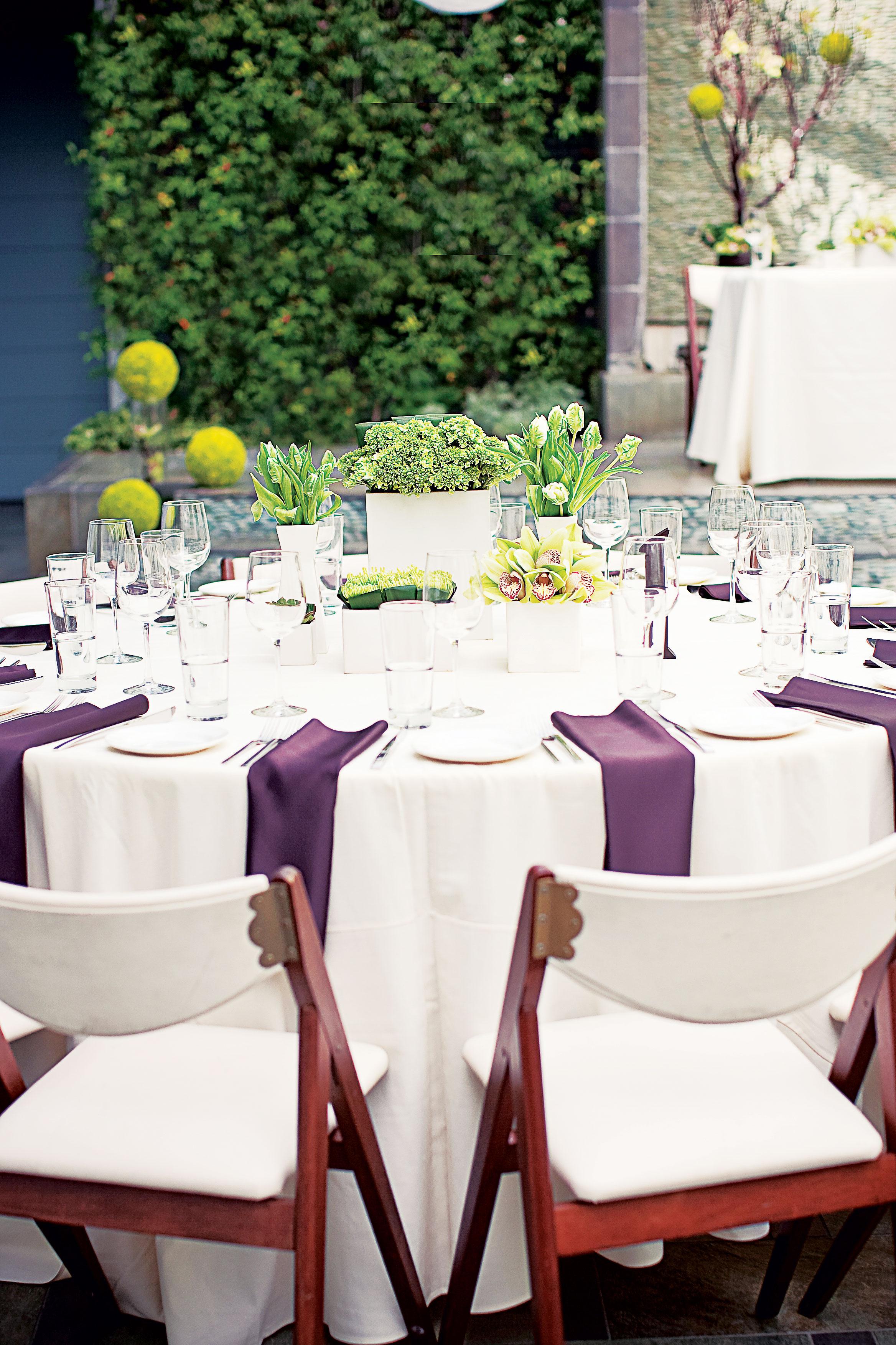 Vendor meals at wedding