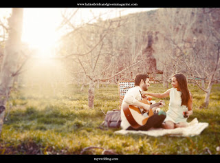 72-sunset-engaged-couple-picnic-mountain-grass-guitar-latino-bride-and-groom