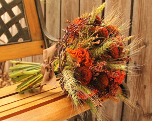 seaofblossoms.blogspot.com by Christina Rodriques Earthy Fall Wedding Bouquet