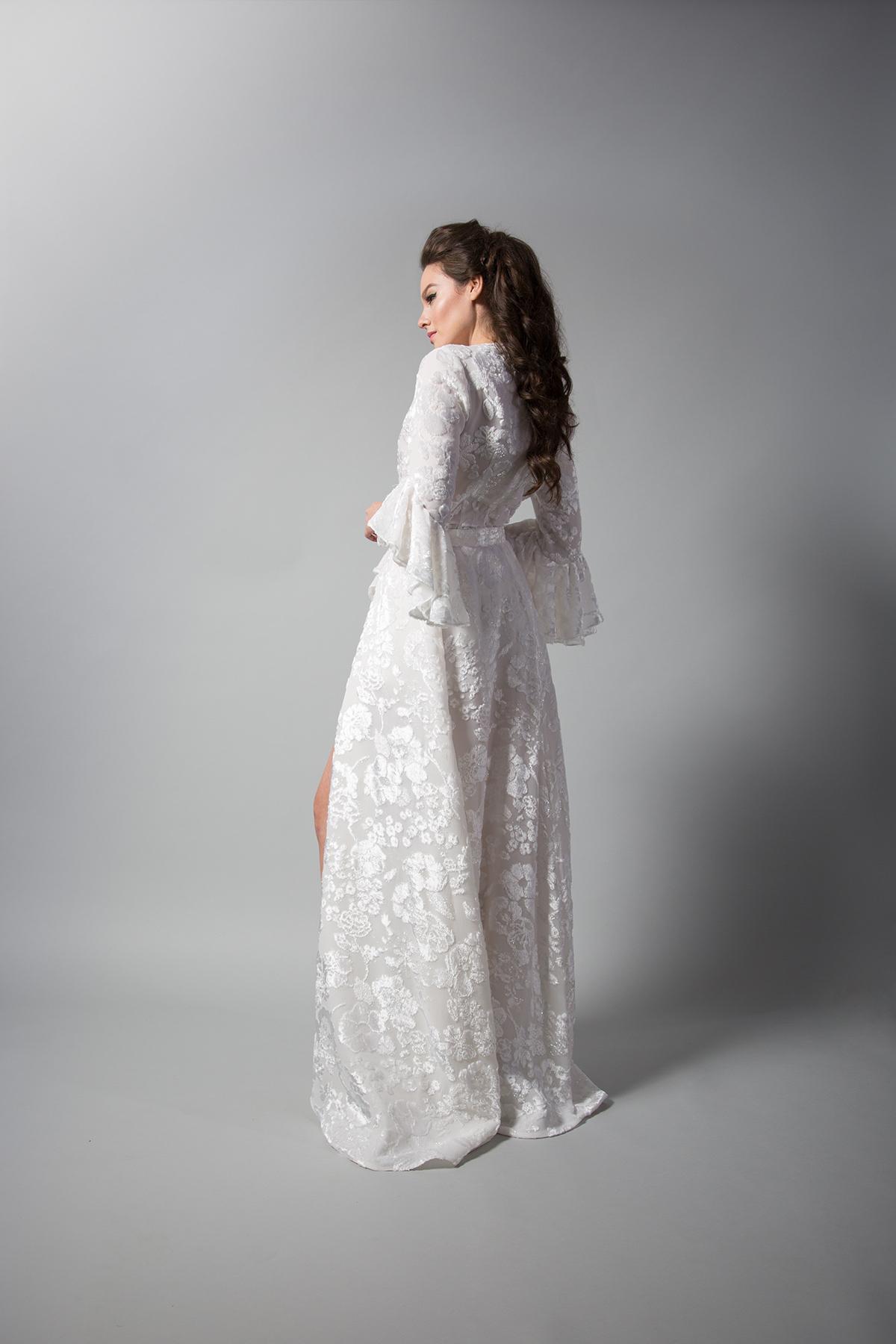 Randi Rahm: Style-Scarlet-w-Jo-skirt