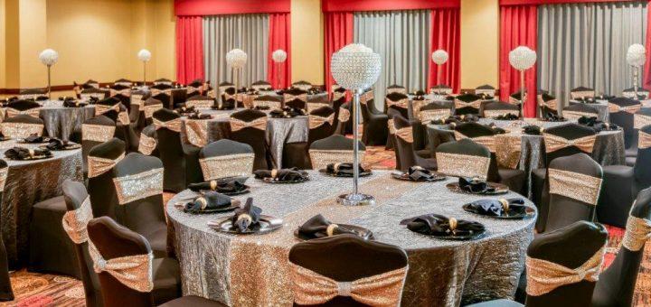 MCM-Elegante-Hotel-and-Suites-Dallas-Ballroom wedding-picture