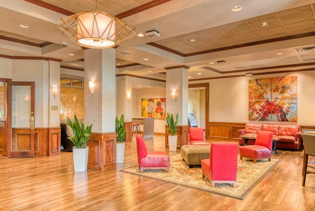 MCM-Elegante-Hotel-and-Suites-Dallas-Lobby-4814
